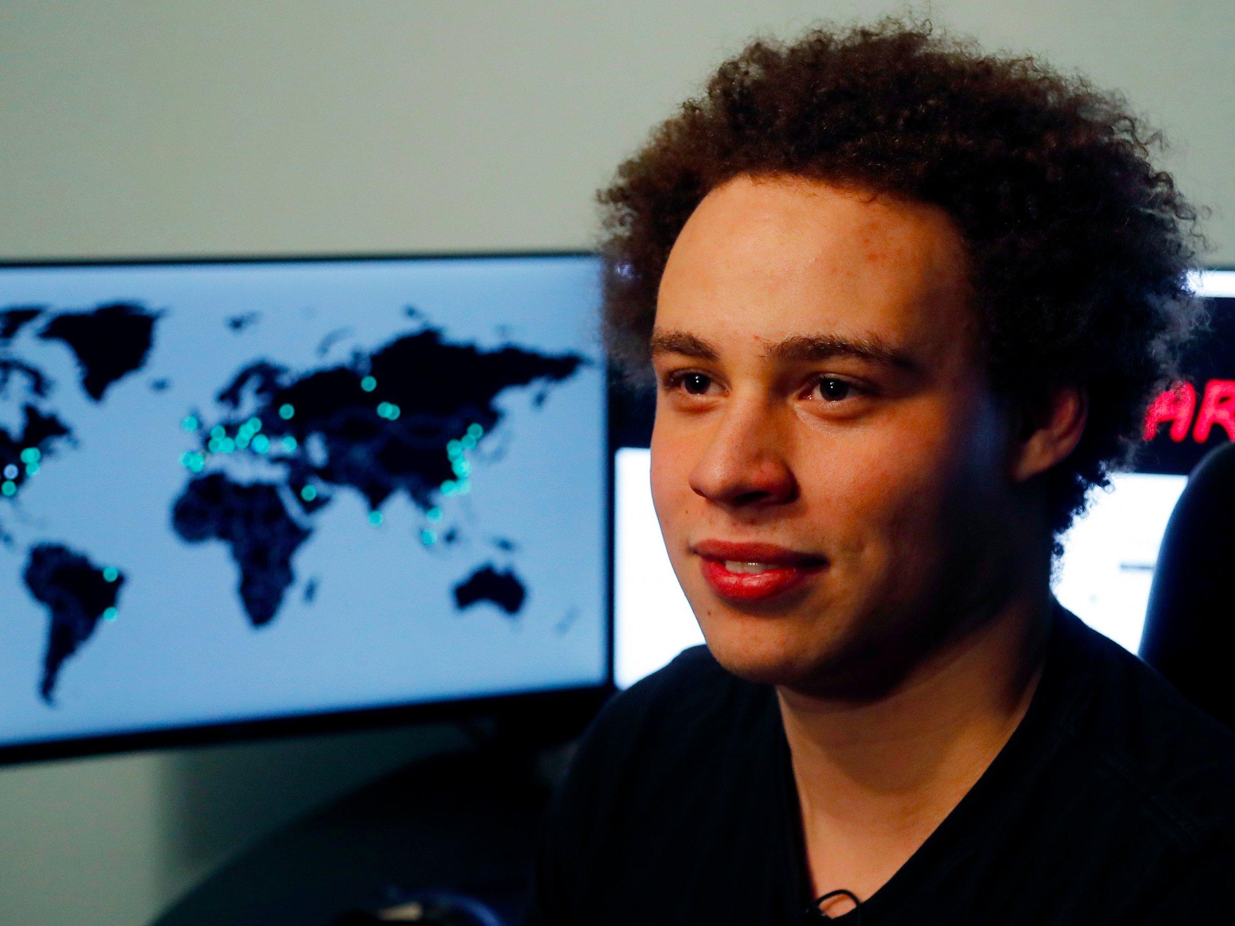 Marcus Hutchins: anh hùng giải cứu WannaCry bị FBI bắt giữ đã trở lại và giễu cợt trên Twitter