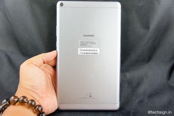 Đánh giá nhanh Huawei MediaPad T3-8: màn hình đẹp, chắc chắn, chế độ Kids Corner hữu dụng