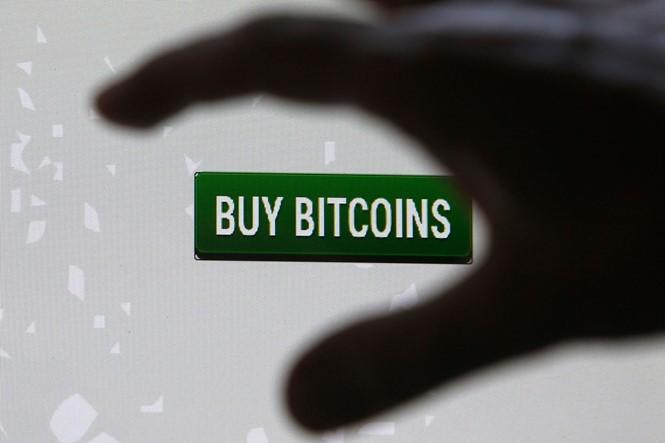 Giá trị bitcoin lên kỷ lục hơn 4.000 USD nhờ nhu cầu từ Nhật Bản
