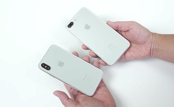 Xuất hiện video trên tay iPhone 7s và iPhone 8