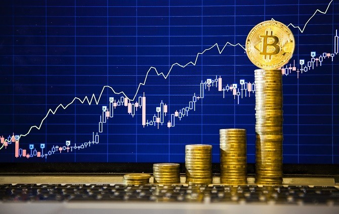 Giá Bitcoin tụt thê thảm sau khi chạm mốc 5000 USD