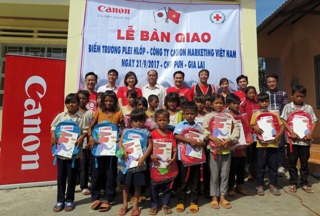 Canon bàn giao thêm hai trường tiểu học tại Gia LaiCanon bàn giao thêm hai trường tiểu học tại Gia Lai