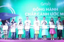 Grab trao tặng 80 suất học bổng tại Đà Nẵng