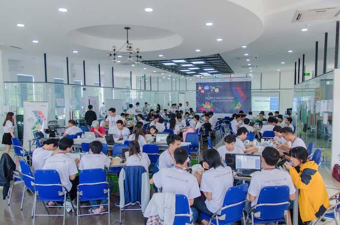 Long Vân đồng hành cùng DevFest 2017 tại Đà Nẵng
