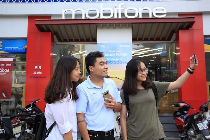 MobiFone mở bán Galaxy Note8 với ưu đãi giảm đến hơn 65%