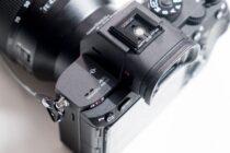 Sony A7R III, viên đạn nhắm đến ngôi vương Full-frame của Canon