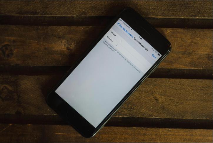 """Dùng text replacement sửa lỗi chữ """"I"""" trên iOS 11.1"""