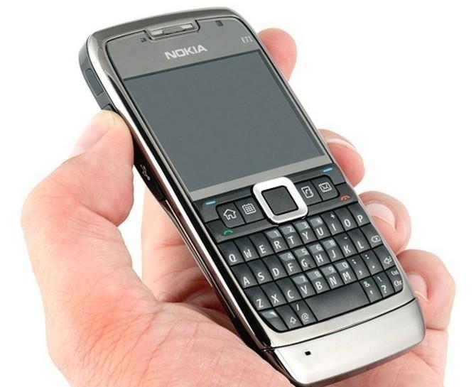 """Huyền thoại Nokia E71 (2018) sẽ """"hồi sinh"""" cùng thời điểm ra mắt Nokia 9"""