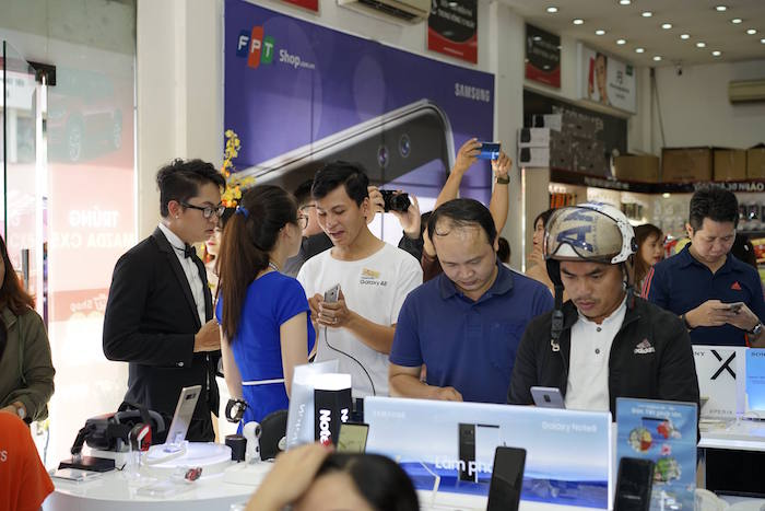 Bộ đôi Galaxy A8/A8+ 2018 chính thức lên kệ tại FPT Shop