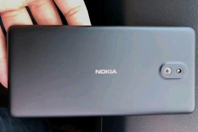Nokia 1 lộ ảnh thực tế: RAM 1GB, chạy Android 8 phiên bản Go Edtion
