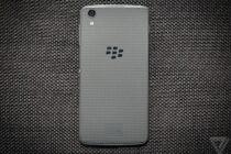 BlackBerry gỡ bỏ app trả phí trên BlackBerry World từ 1/4