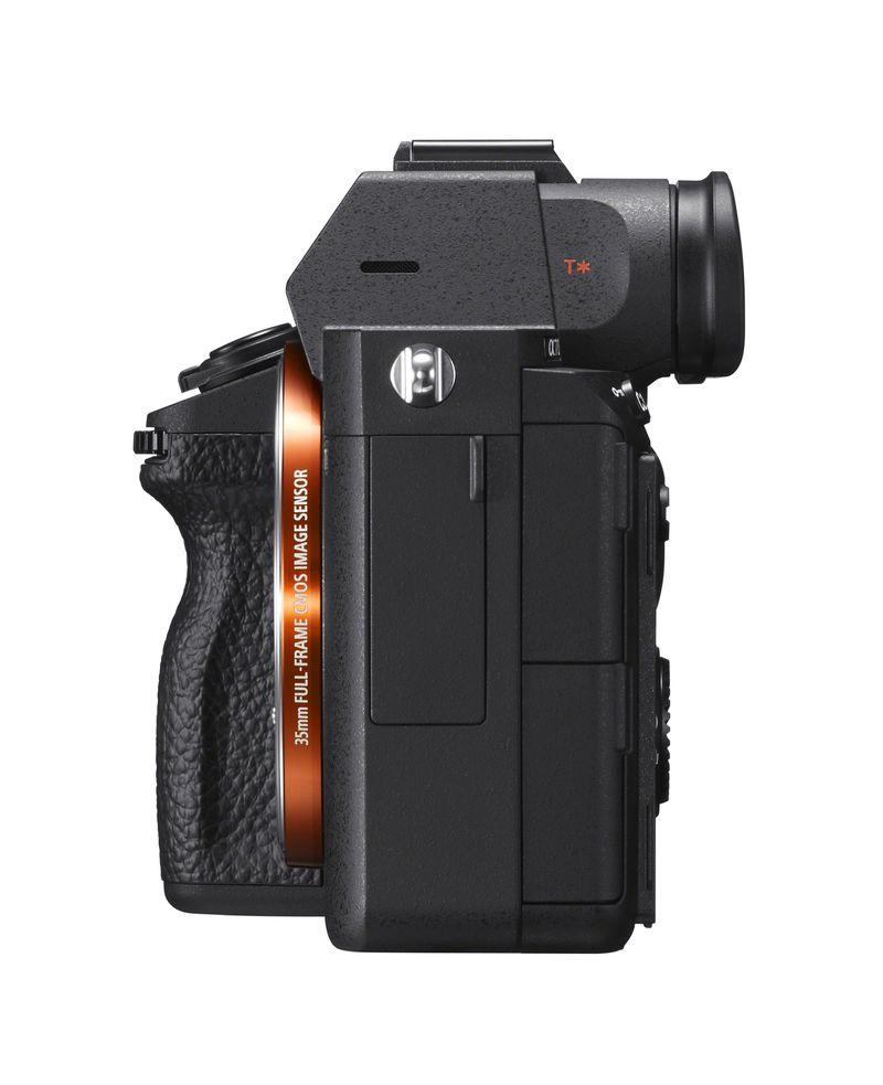 Sony giới thiệu máy ảnh không gương lật Full-Frame A7 III, giá body từ 2000USD