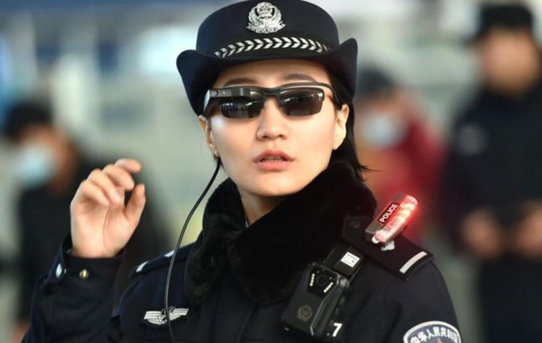 Trung Quốc trang bị kính nhận diện khuôn mặt cho lực lượng chuyên trách