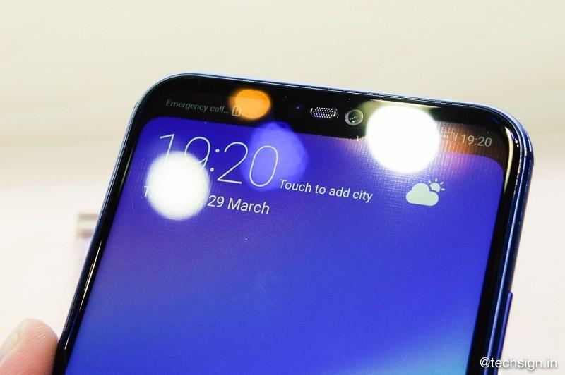 Ảnh cận cảnh Huawei Nova 3e: thiết kế, chụp ảnh đẹp, mặt lưng kính lưu dấu vân tay