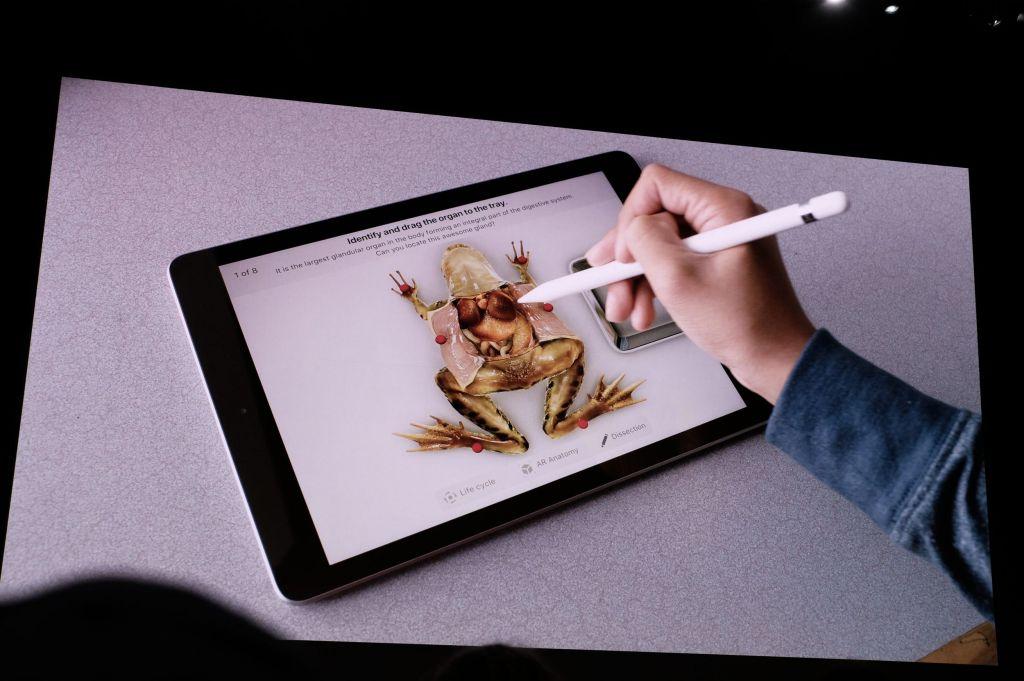 iPad giá rẻ của Apple giành cho học sinh