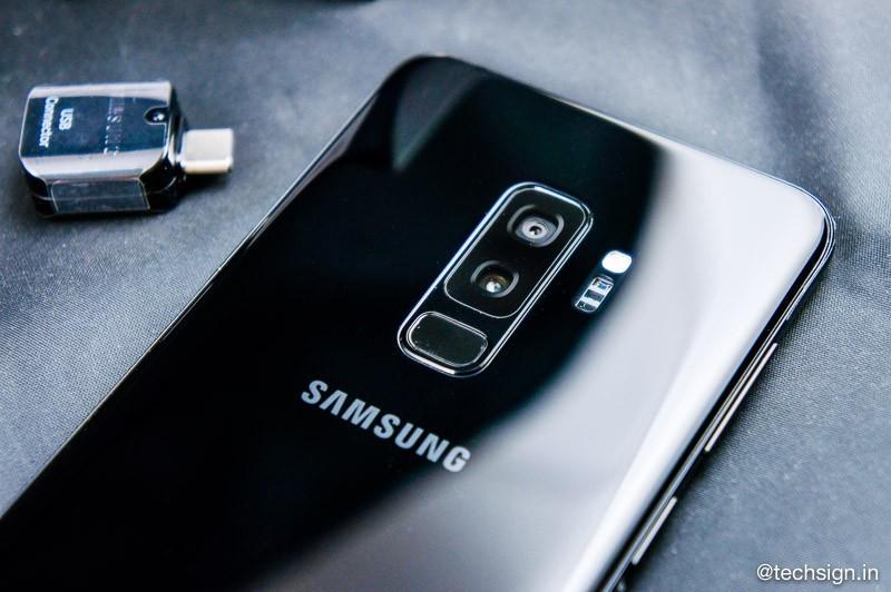 Mở hộp Samsung Galaxy S9+ bản màu đen: hoàn thiện đẹp và bóng bẩy