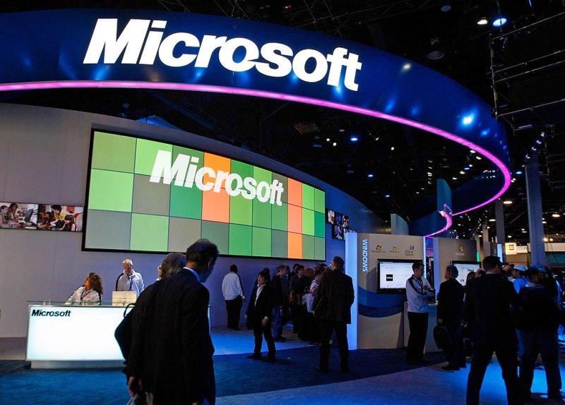 Hàng trăm nhân viên nữ của Microsoft kiện các nam đồng nghiệp và quản lý quấy rối tình dục