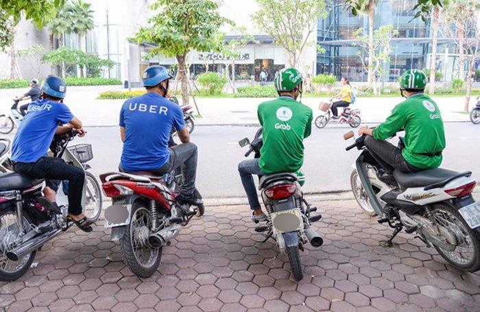 Từ ngày 8/4, toàn bộ tài xế Uber tại Việt Nam sẽ chuyển sang Grab hoạt động