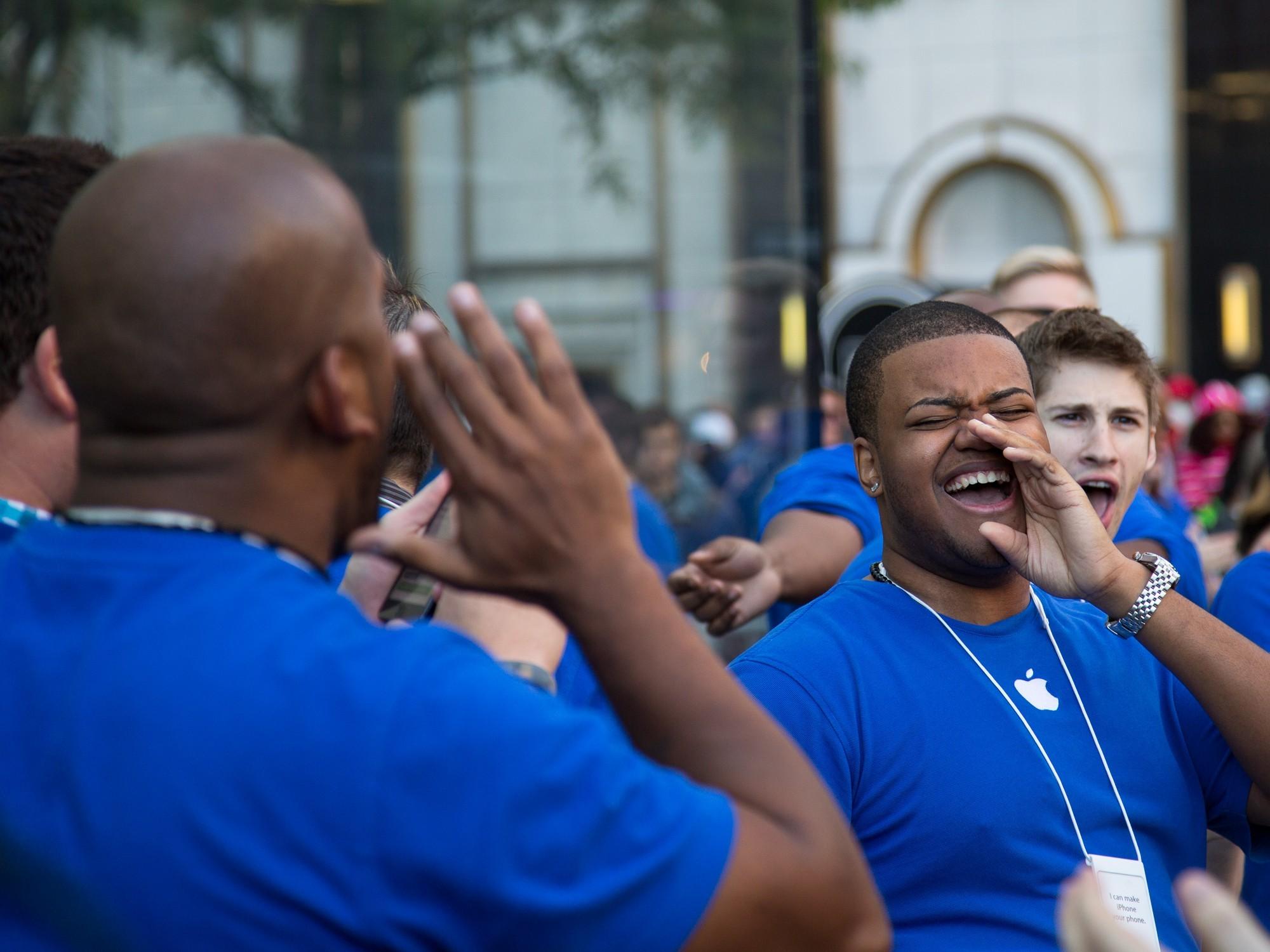 12 nhân viên Apple bị bắt vì tiết lộ thông tin nội bộ