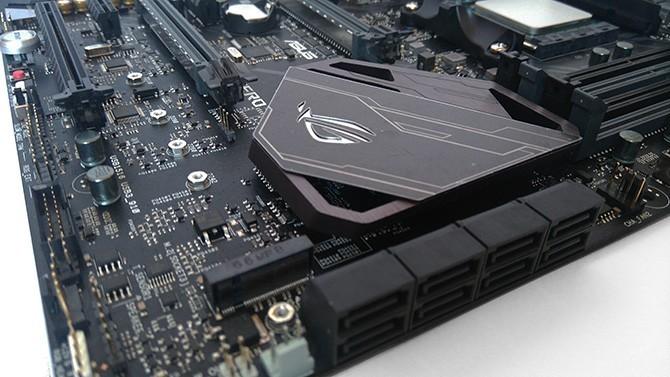 ASUS ra mắt dòng sản phẩm bo mạch chủ AMD X470 Series