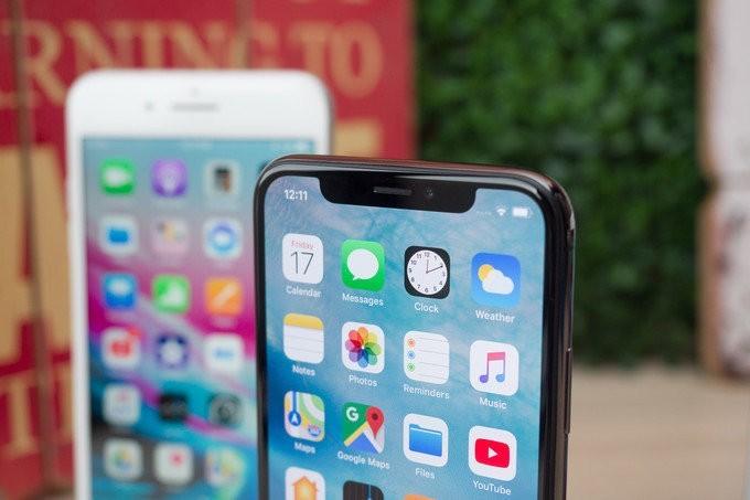 Mẫu iPhone 2018 dùng màn LCD có giá từ 550 USD