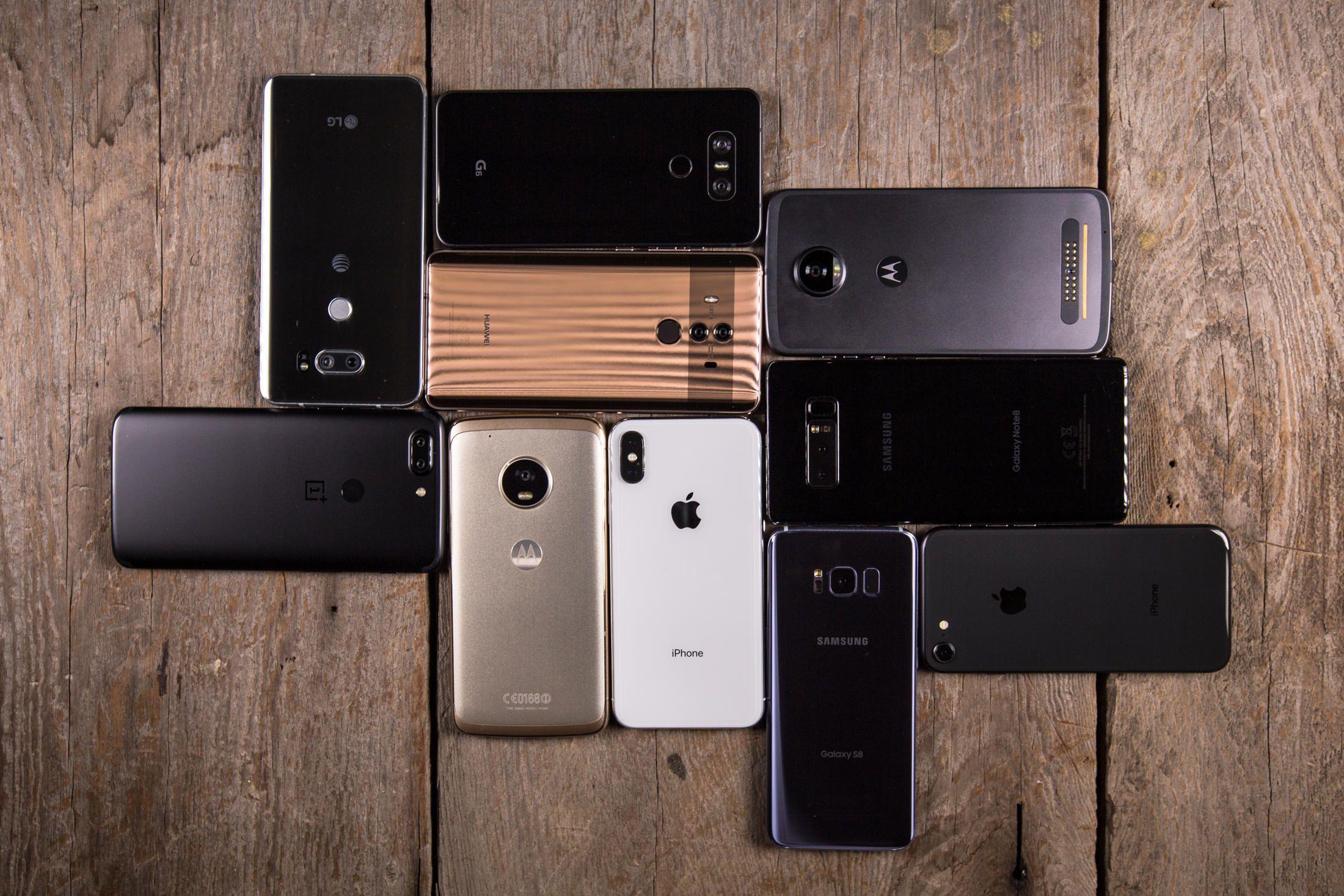 Năm 2018, mua điện thoại mới thế nào mới là