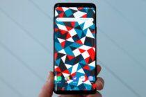 """Samsung Galaxy S9 bị lỗi màn hình """"Black Crush"""""""