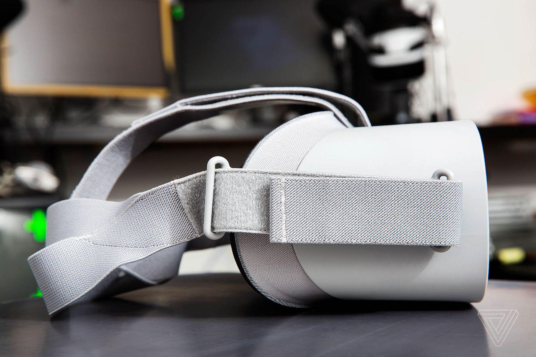 Facebook giới thiệu thiết bị đeo VR Oculus Go giá từ 199 USD