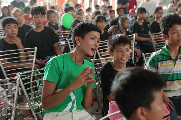 Grab giúp 400 trẻ em đón ngày Quốc Tế thiếu nhi sớm