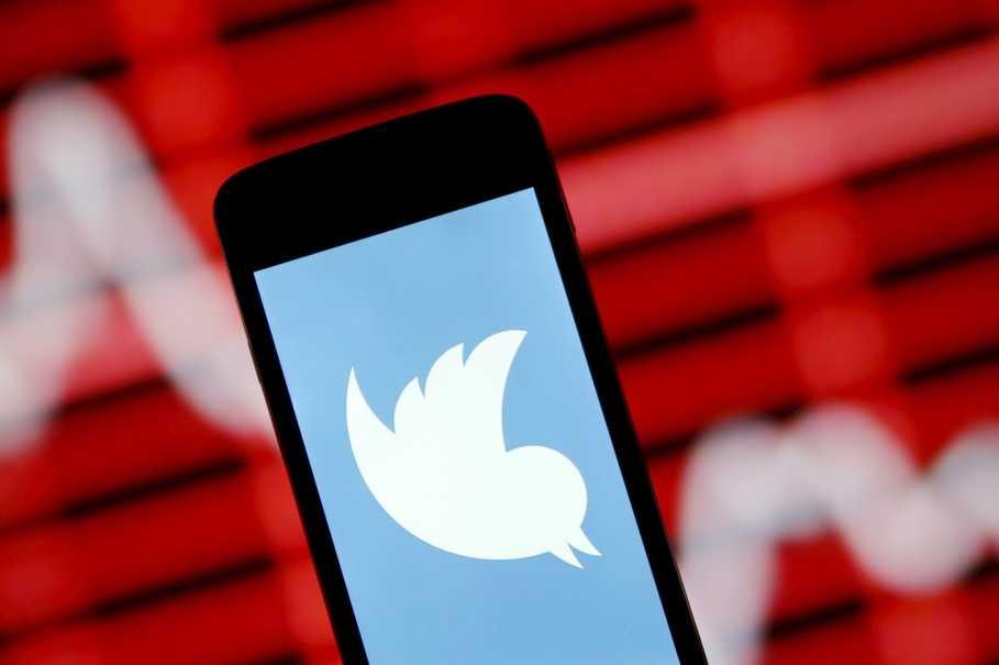 Twitter cũng tham gia bán thông tin người dùng như Facebook