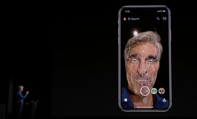 Face ID có thể nhận diện nhiều hơn 1 khuôn mặt trên iOS 12