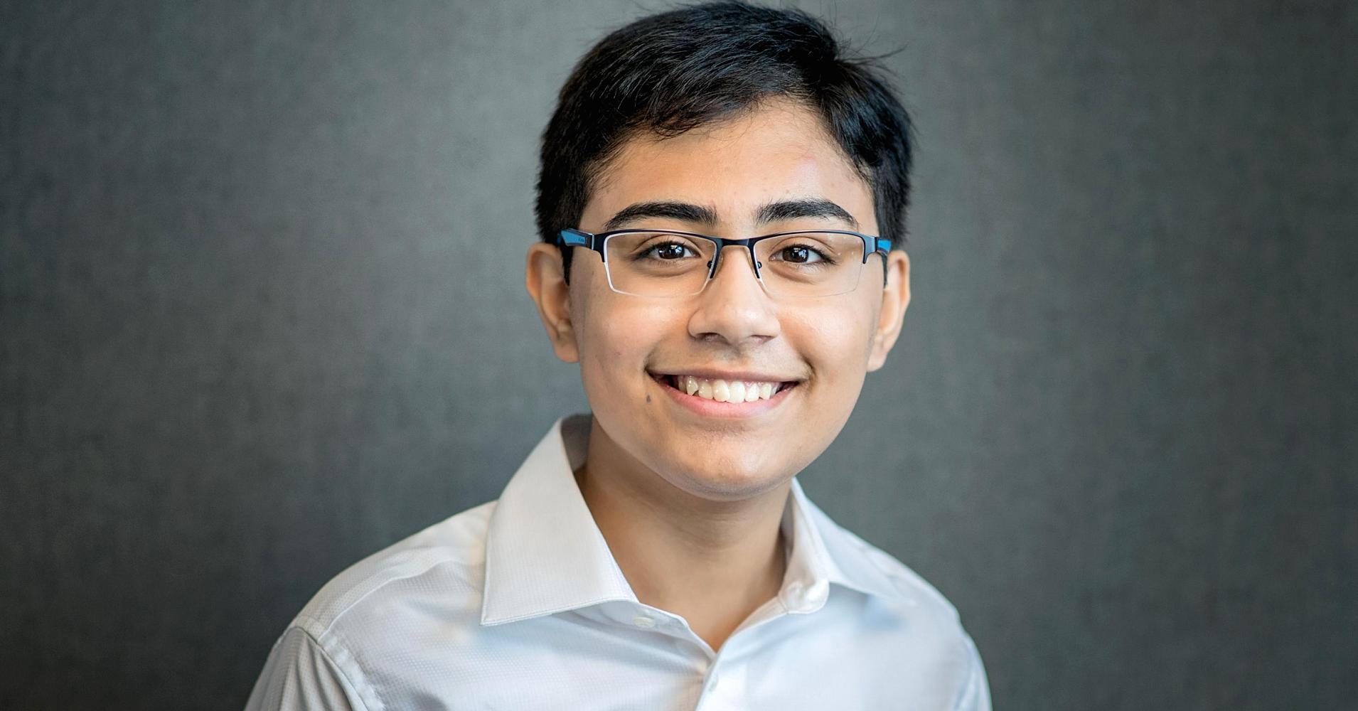 Thiếu niên tự học lập trình AI, được các tập đoàn công nghệ săn đón