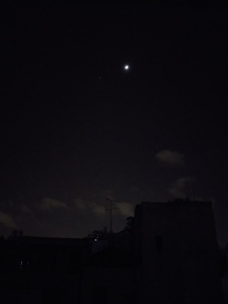 Ảnh chụp từ Samsung Galaxy J8