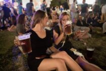 Hãng bia cũng dùng AI để tăng chất lượng sản phẩm