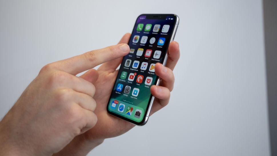 Rò rỉ tin iPhone 2018 bản rẻ nhất có viền mỏng và màn hình tràn mặt trước