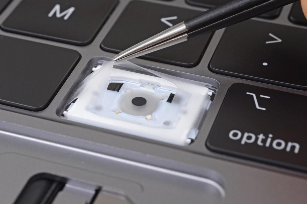 Macbook Pro cũ không thể thay bàn phím Butterfly đời mới