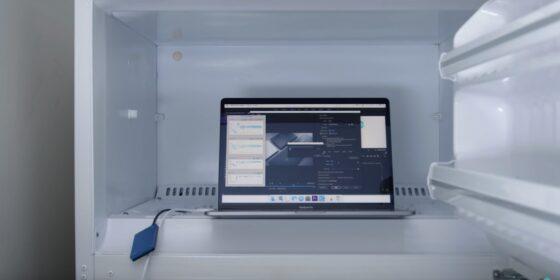 Macbook Pro 2018 phải bỏ tủ lạnh để chạy mượt mà