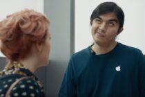 Samsung đá đểu iPhone bằng quảng cáo hài hước