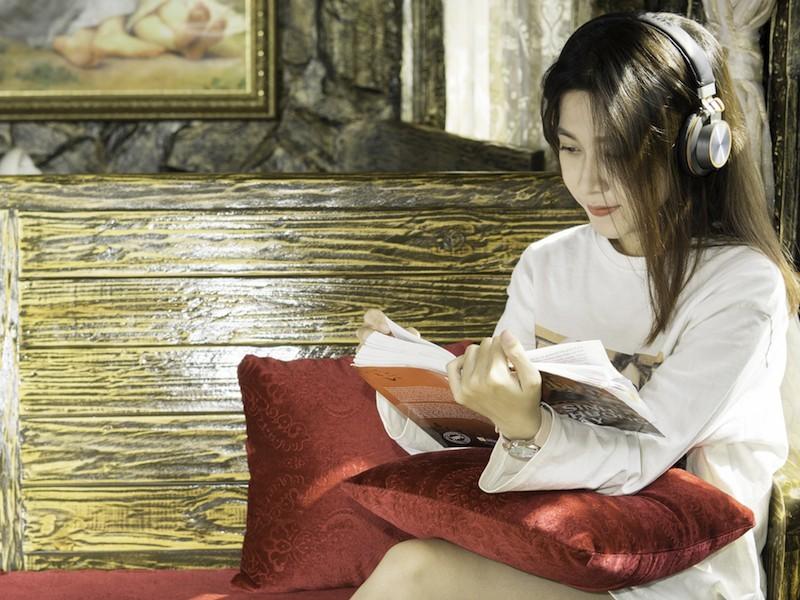 SoundMax giới thiệu tai nghe không dây hướng đến người dùng phổ thông
