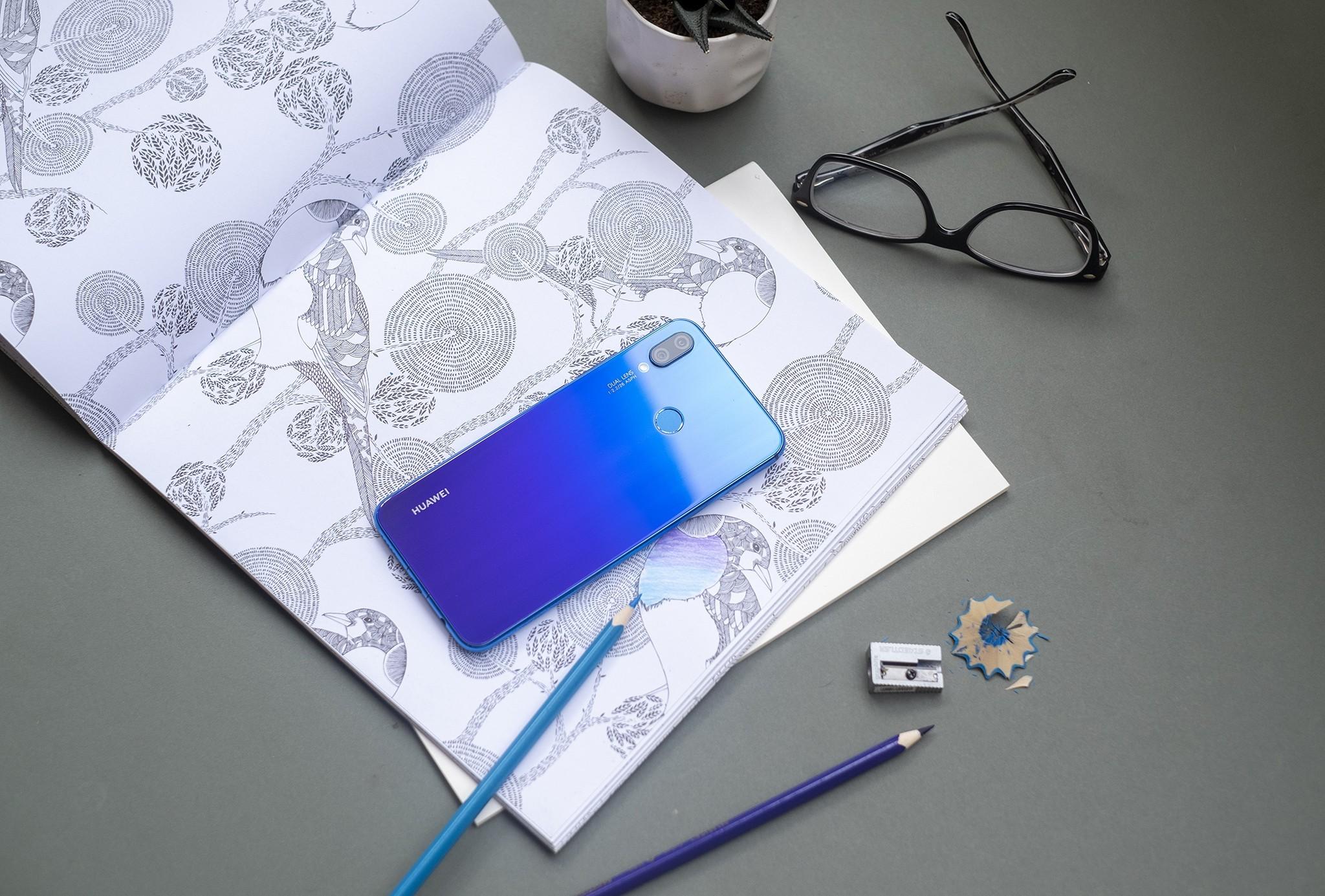 Huawei Nova 3i chính thức lên kệ kèm nhiều ưu đãi 'khủng'
