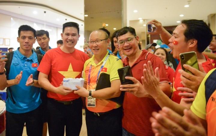 Asanzo trao thưởng 1 tỷ đồng cho đội tuyển Olympic Việt Nam