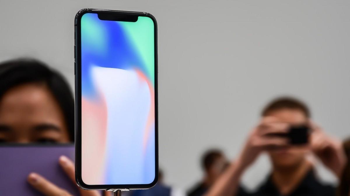 Thời điểm này có nên mua iPhone X?