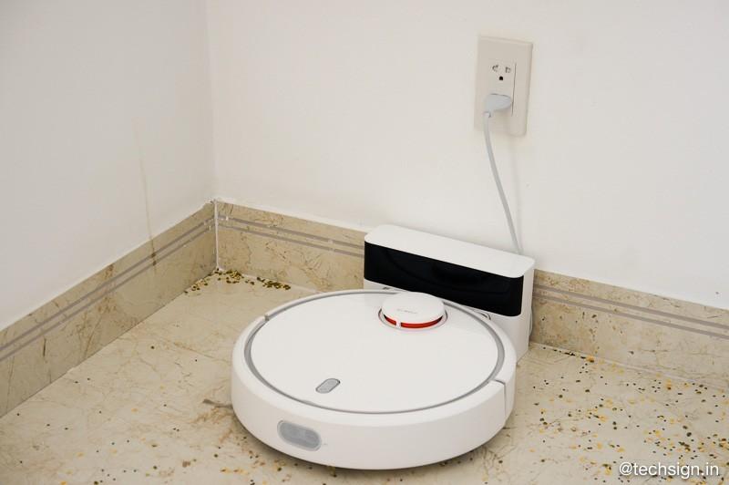 Xiaomi ra mắt robot hút bụi tự động Mi Robot Vacuum