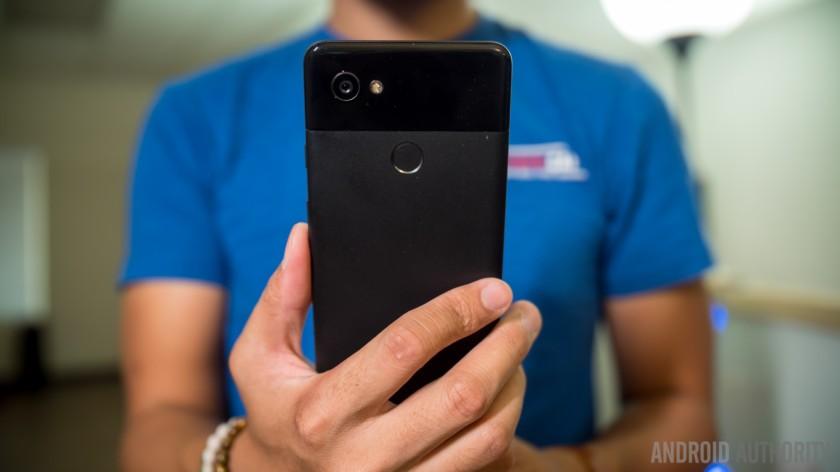 Hướng dẫn đổi điện thoại Android như reviewer thứ thiệt