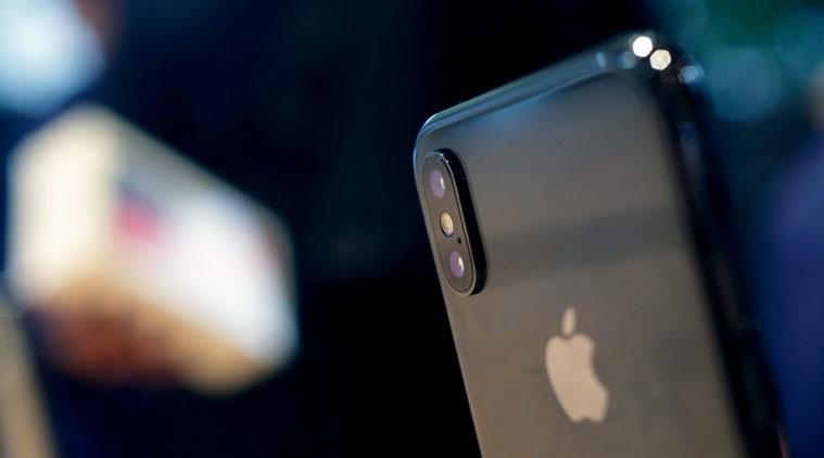 Người Mỹ sẵn sàng đi vay mượn để mua iPhone 2018