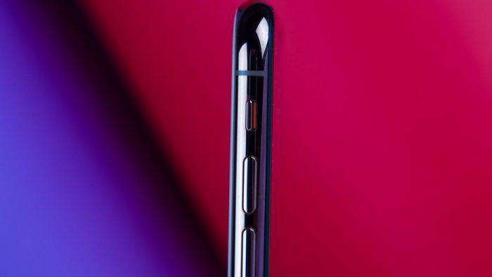 Cận cảnh iPhone XS qua ống kính Macro