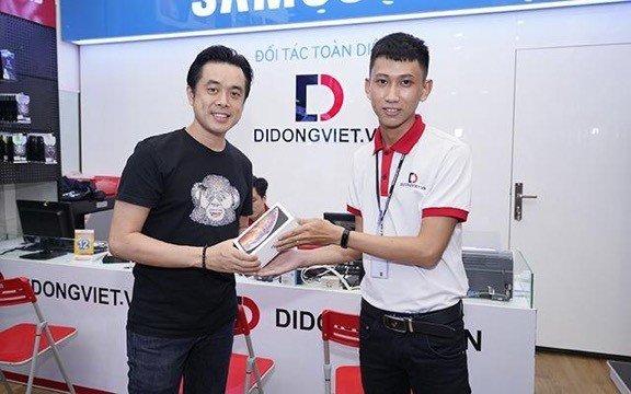 Dương Khắc Linh đổi iPhone Xs Max 1 SIM qua 2 SIM Quốc Tế sau 4 ngày dùng