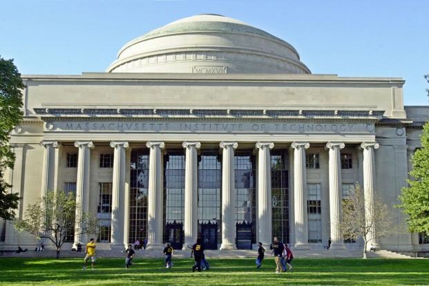 MIT đổ một tỷ USD thành lập trường đại học về AI