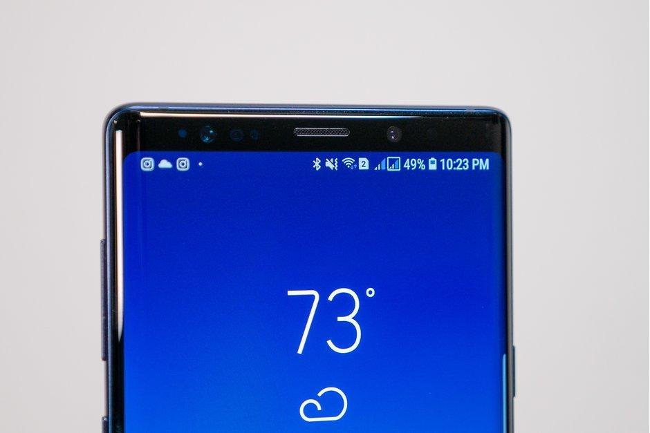 Samsung thử nghiệm camera selfie đặt sau màn hình