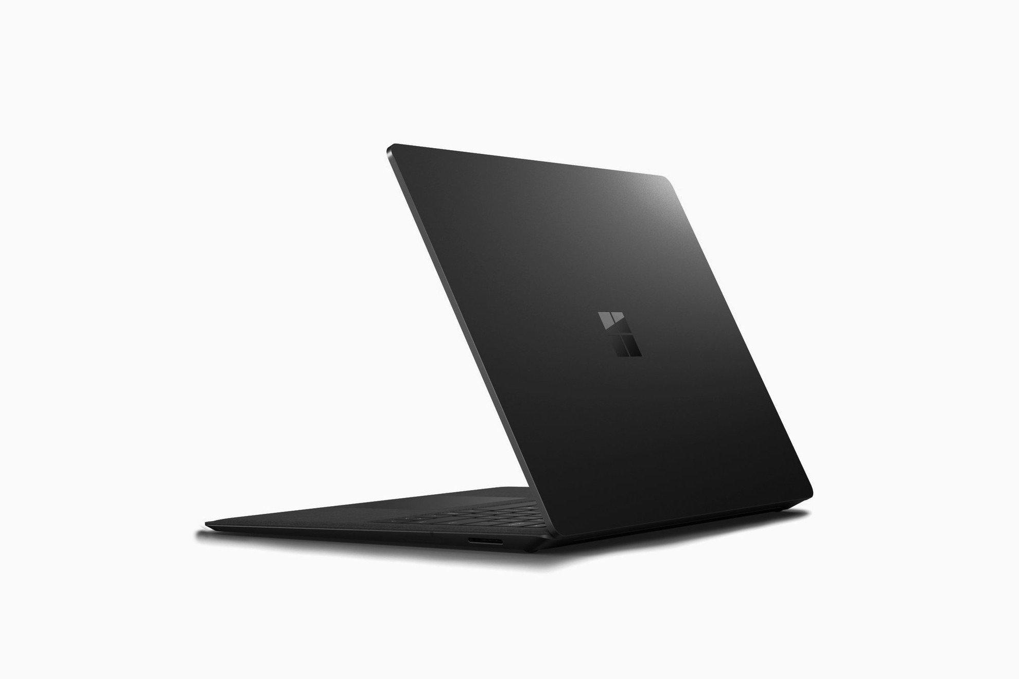 Surface Laptop 2 và Surface Pro có thể bị lược bớt cổng USB-C
